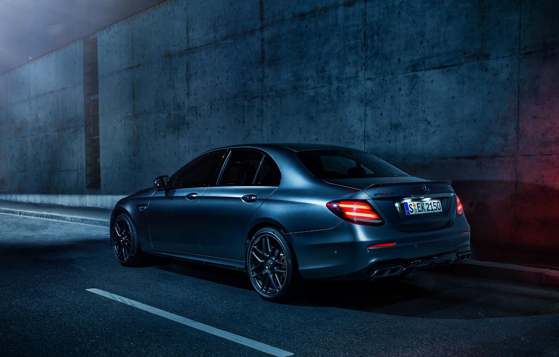 Photo wallpaper Mercedes, 4matic, E63 AMG, WHELLS, NIGHT, LIGHTS, AMG STYLE