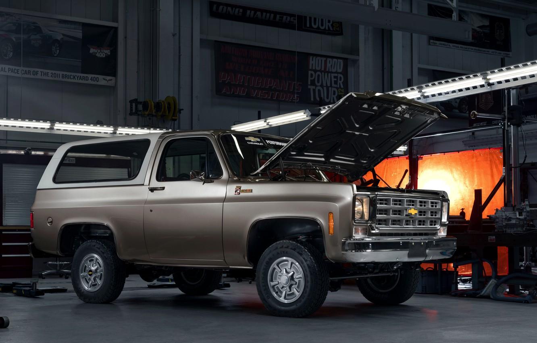 Photo wallpaper Chevrolet, the hood, 2020, K5 Blazer-E Concept