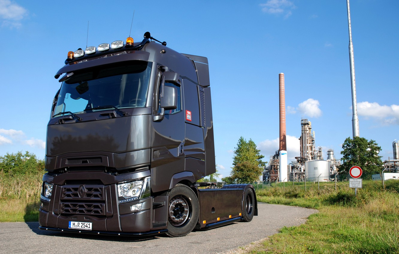 Photo wallpaper road, plant, truck, Renault, tractor, Torpedo, T520, Renault Trucks, T-series