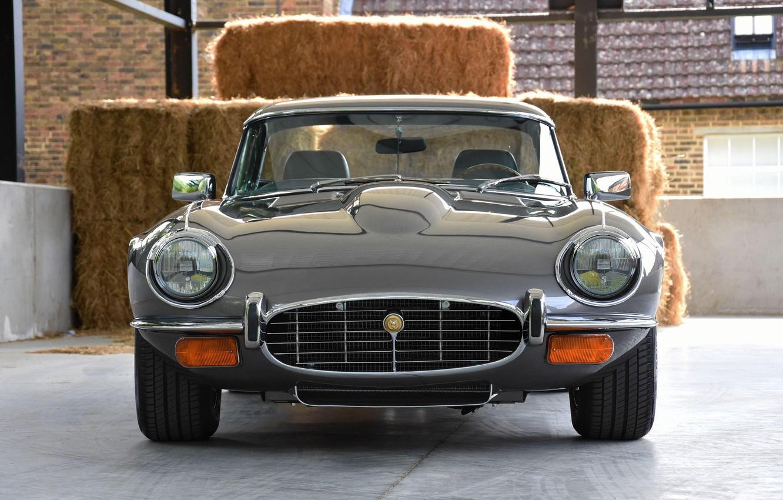Photo wallpaper sports car, front view, Jaguar E-Type