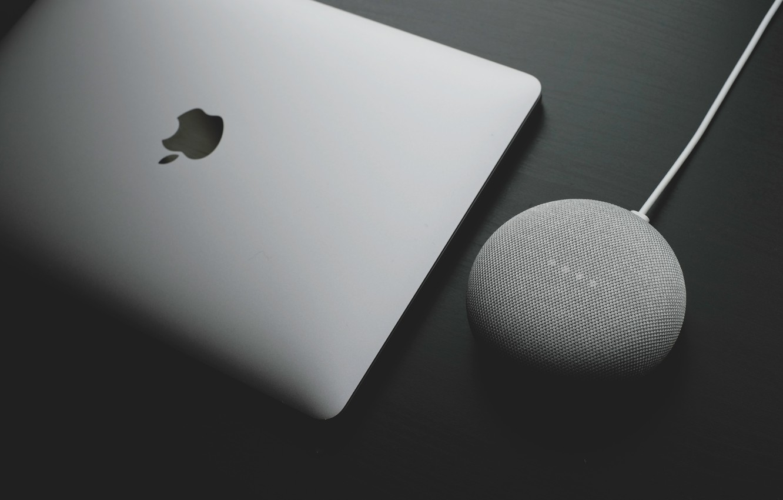 Photo wallpaper photo, Apple, Apple, EPL, MacBook, charging, Photo, MacBook, charging, wireless charger, an Apple, wireless charging
