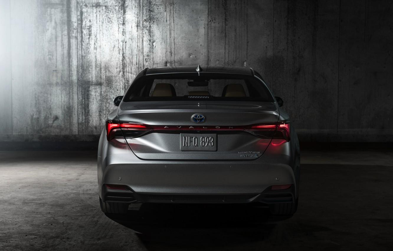 Photo wallpaper Toyota, rear view, 2018, Avalon, Limited Hybrid