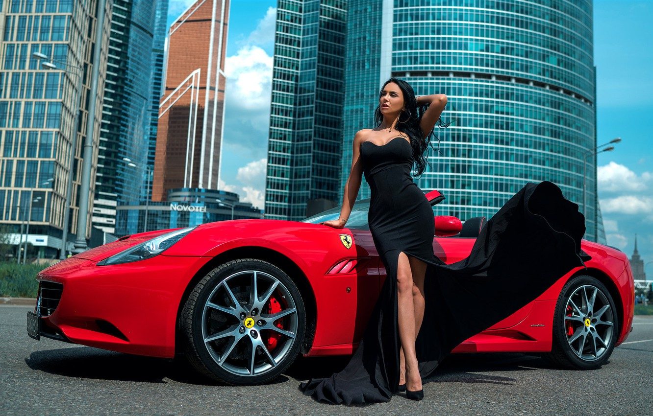 Photo wallpaper the sun, red, the city, pose, model, portrait, home, makeup, figure, dress, brunette, hairstyle, shoes, …
