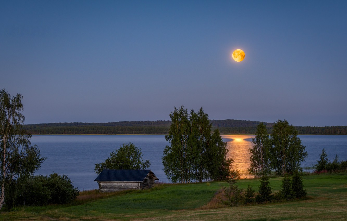 Photo wallpaper lake, the moon, the evening, Finland
