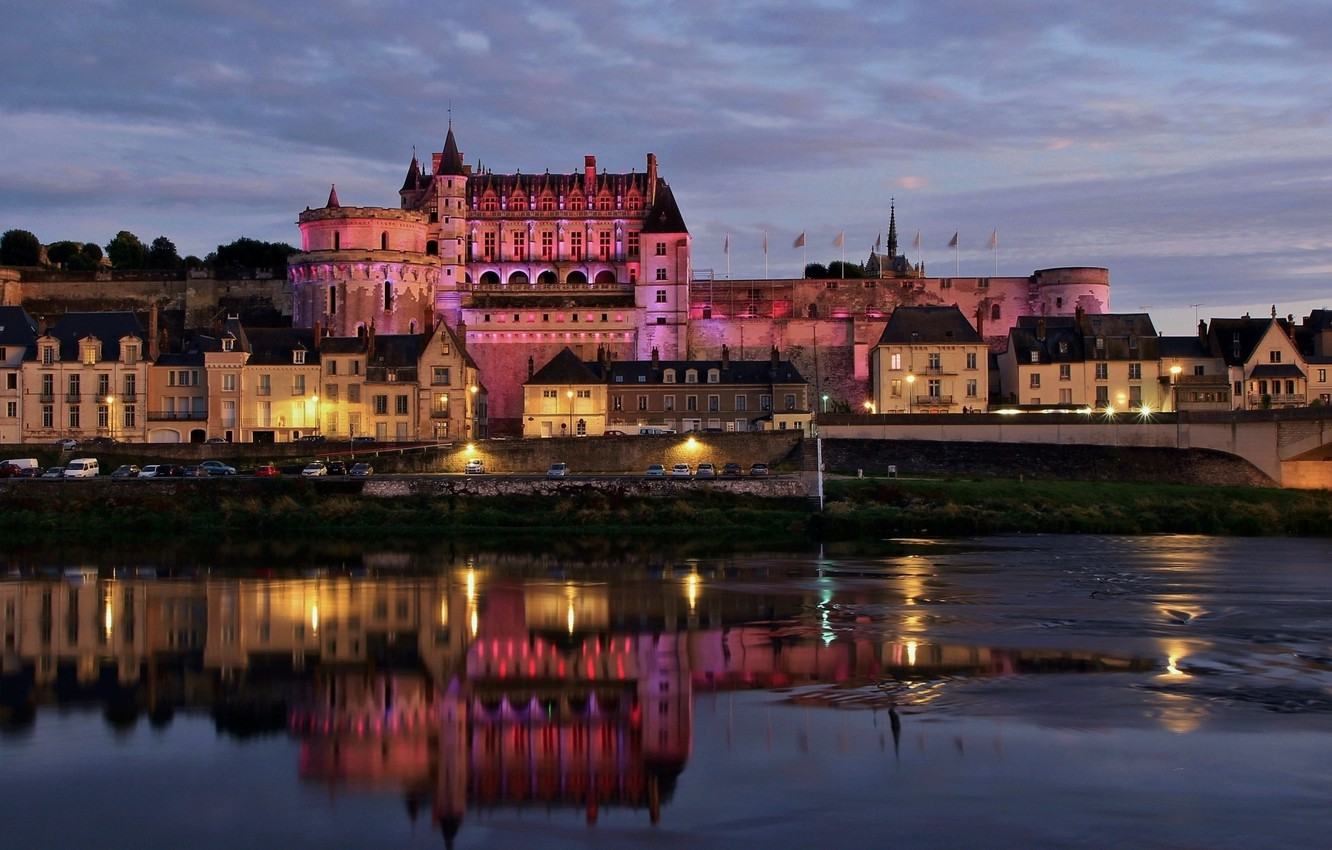 Photo wallpaper the city, river, castle, France, building, the evening, lighting, backlight, Loire, Amboise