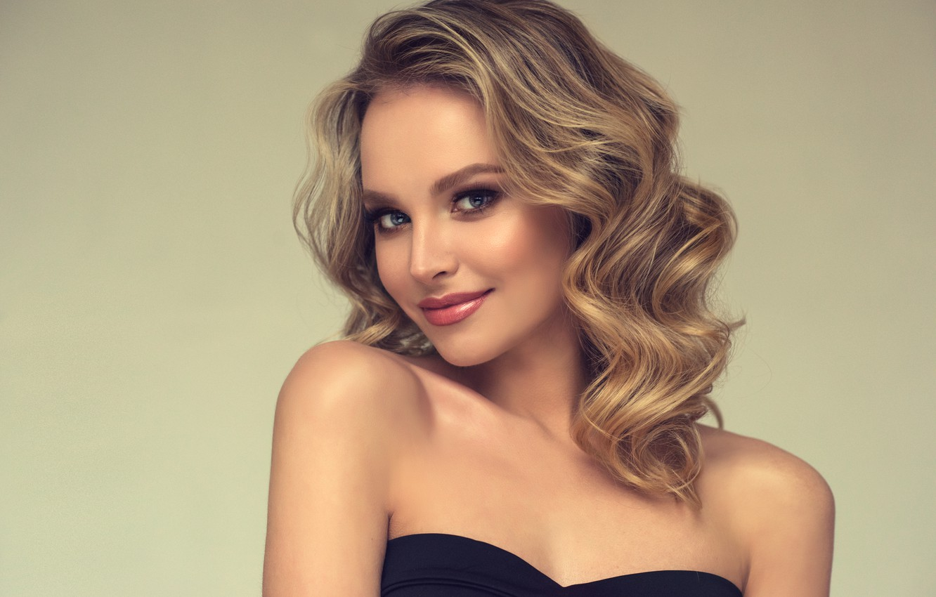 Photo wallpaper look, girl, smile, portrait, makeup, blonde, girl, shoulders, curls, make up, edwardderule