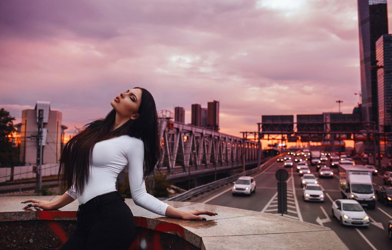 Photo wallpaper chest, the sky, girl, machine, the city, pose, the evening, traffic, Oksana Bast, Victor Ambartsumov