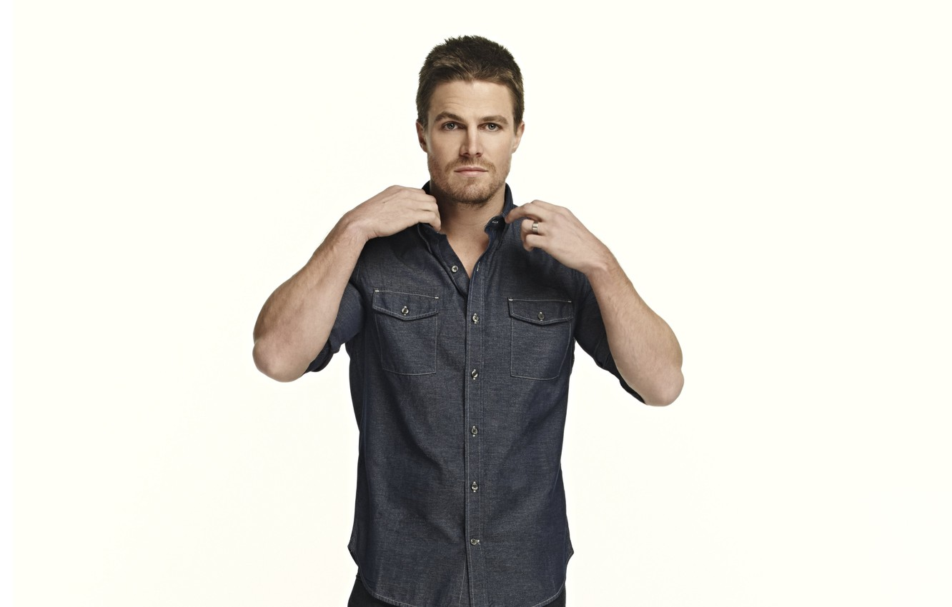 Photo wallpaper look, pose, actor, Stephen Amell, Stephen Amell