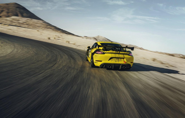 Photo wallpaper coupe, speed, Porsche, turn, Cayman, 718, 2019, black-yellow, GT4 Clubsport