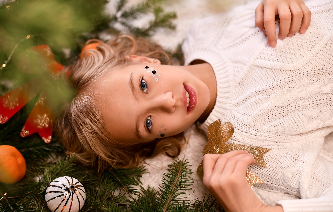 Photo wallpaper look, branches, smile, holiday, toys, new year, spruce, girl, needles, jumper, teen