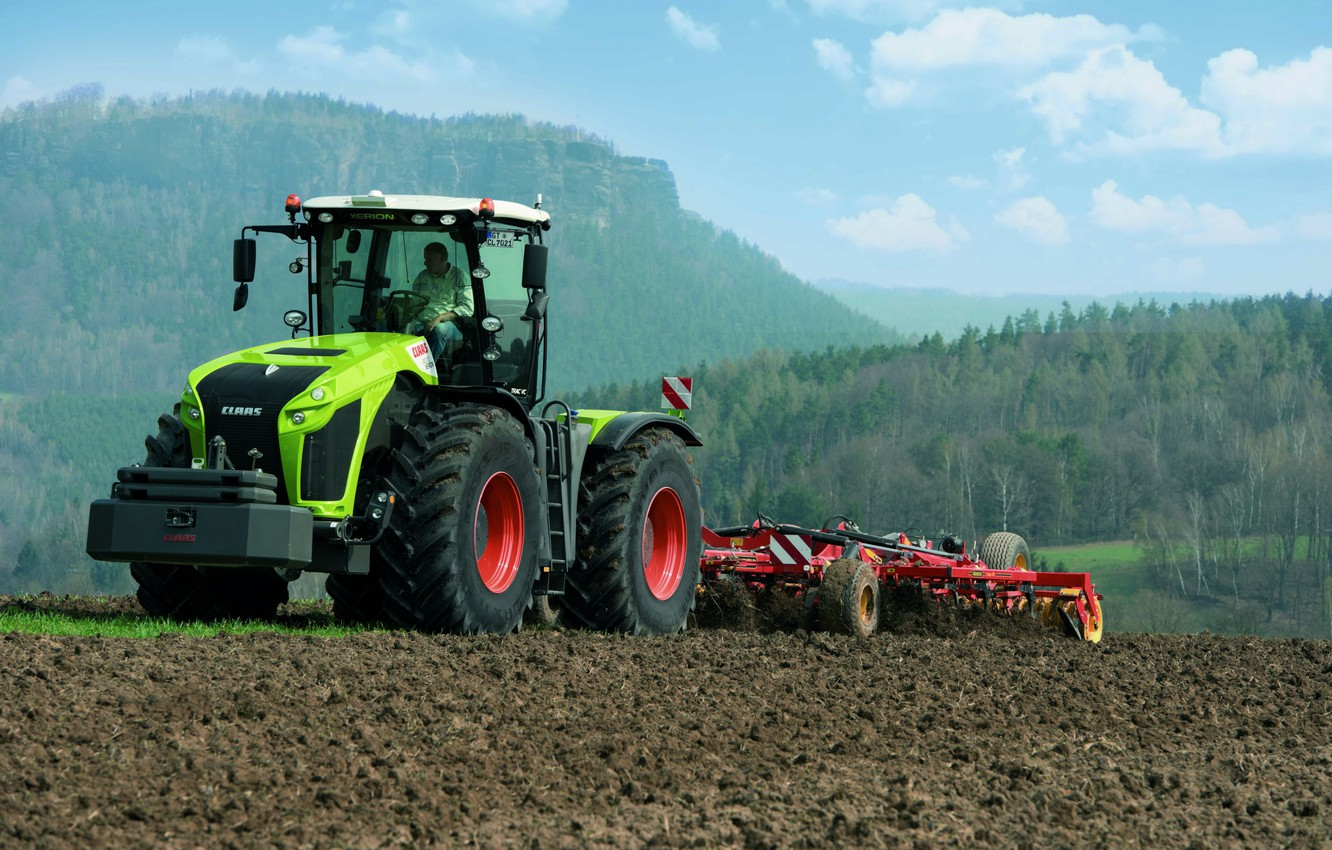 Photo wallpaper field, tractor, Claas, plowing, agricultural machinery, Xerion 4000