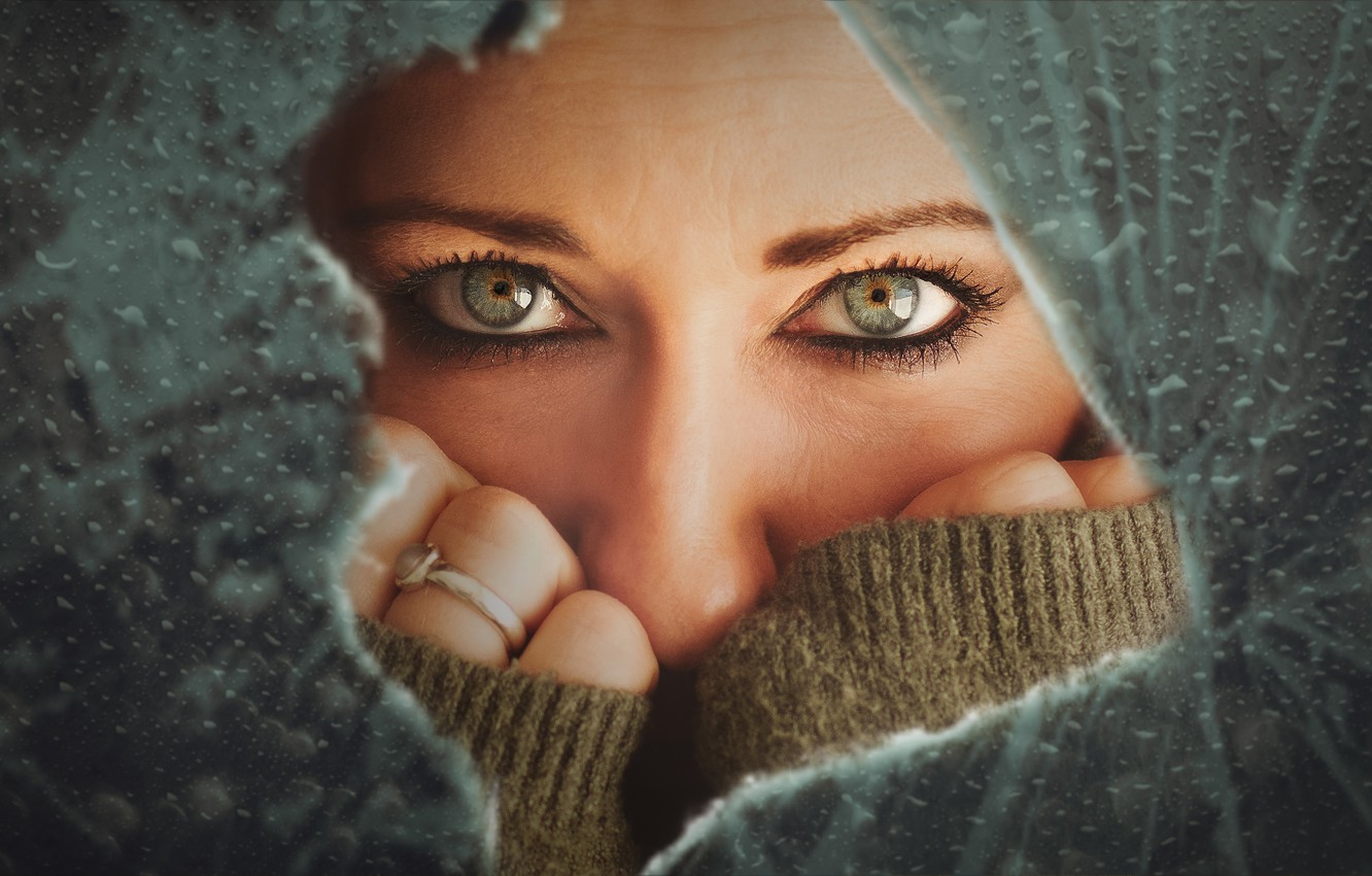 Photo wallpaper eyes, look, girl, face, hands, broken glass