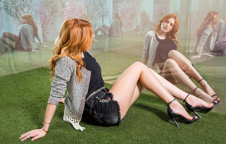 Thorne feet bella Bella Thorne's