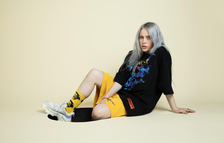 Wallpaper Hair Shorts Blonde Socks Singer Sitting Sneakers Singer Billie Eilish Billy Iles Images For Desktop Section Muzyka Download