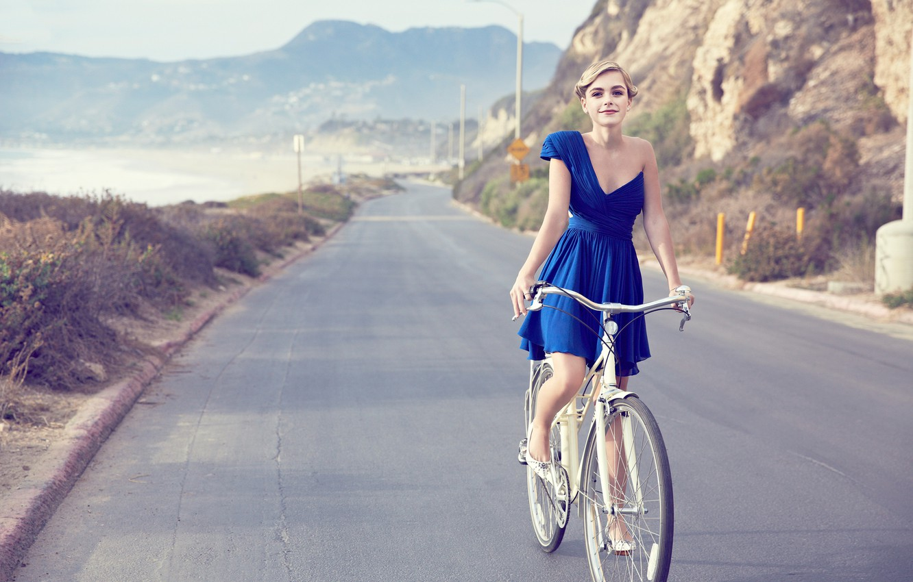 Photo wallpaper road, look, nature, bike, smile, rock, retro, background, dress, actress, Chicago, hairstyle, blonde, beautiful, beauty, …