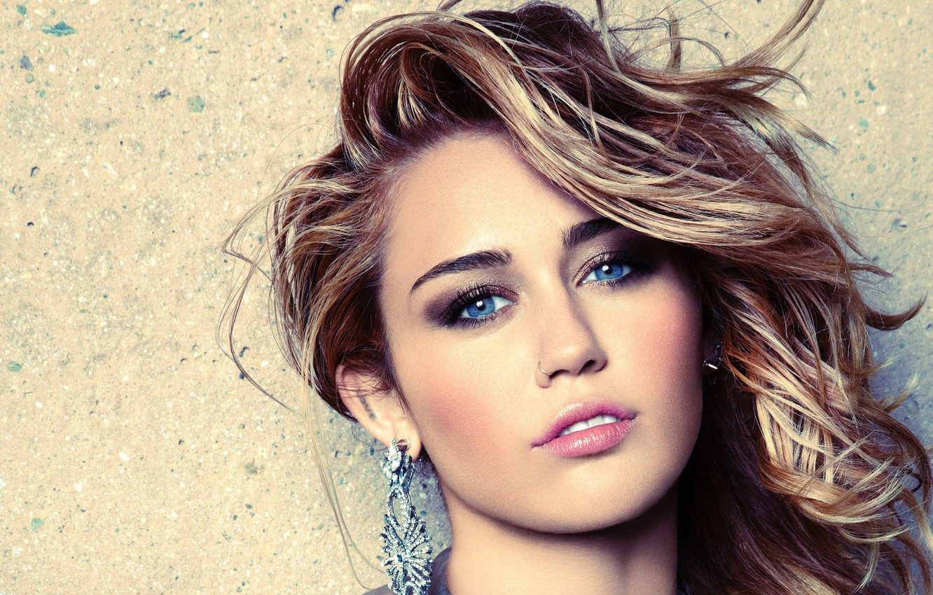 Photo wallpaper look, girl, earrings, makeup, lipstick, Miley Cyrus, Marie Claire
