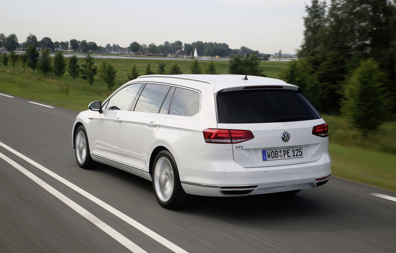 Photo wallpaper speed, Volkswagen, universal, GTE, Passat, Variant, 2019
