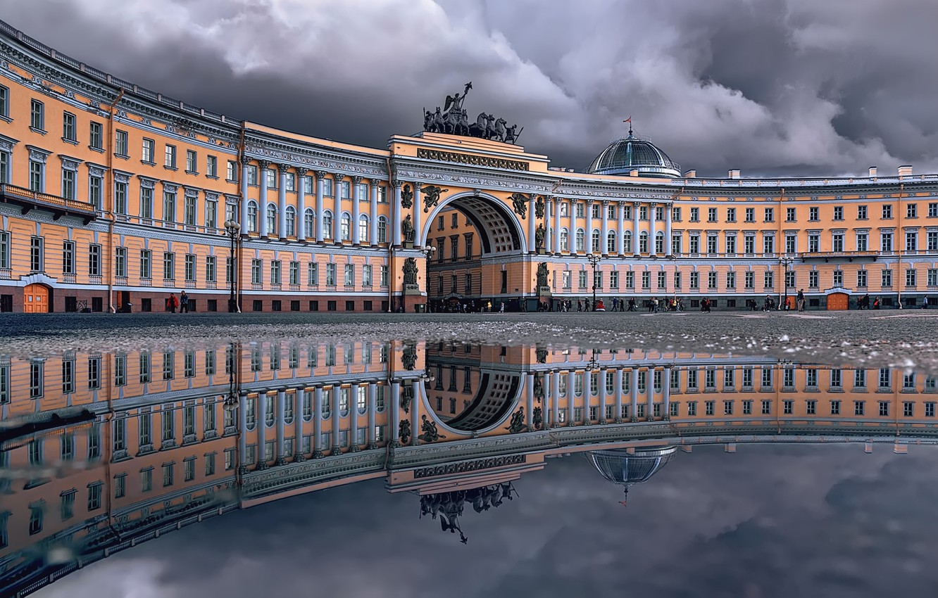 Photo wallpaper reflection, the building, puddle, Saint Petersburg, arch, Russia, architecture, Palace square, Здание Главного штаба, Тамара …