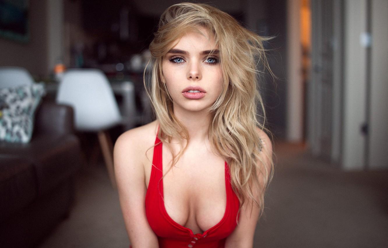Блондинки с большими