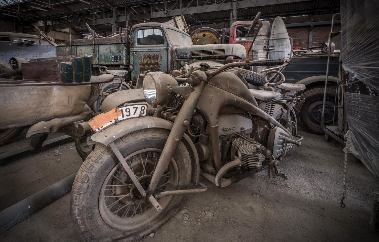 Photo wallpaper garage, motorcycle, scrap