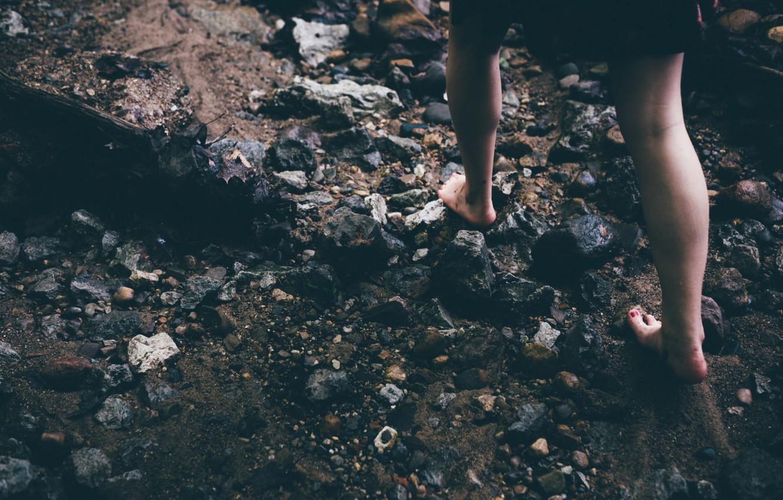 Photo wallpaper girl, stones, feet, barefoot, is