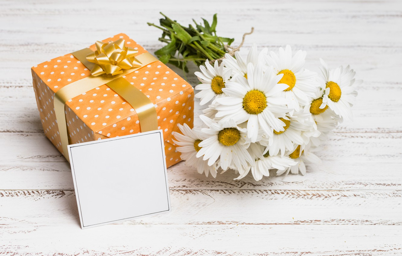 Photo wallpaper flowers, gift, chamomile, wood, flowers, romantic, camomile, gift box