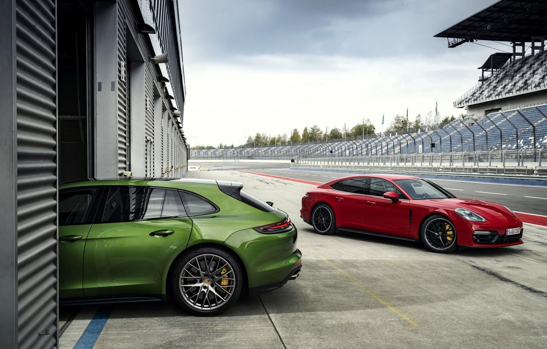 Photo wallpaper Porsche, boxes, 2018, Panamera GTS, Panamera GTS Sport Turismo
