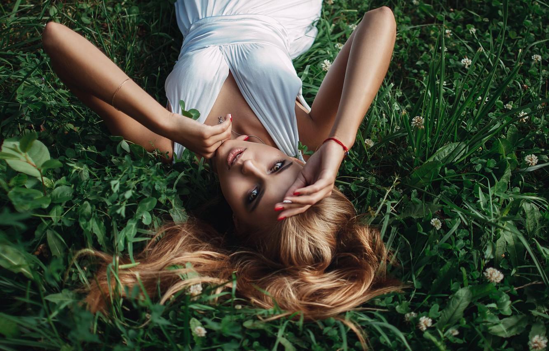 Photo wallpaper grass, Girl, dress, lies, shoulders, Sasha Rusko