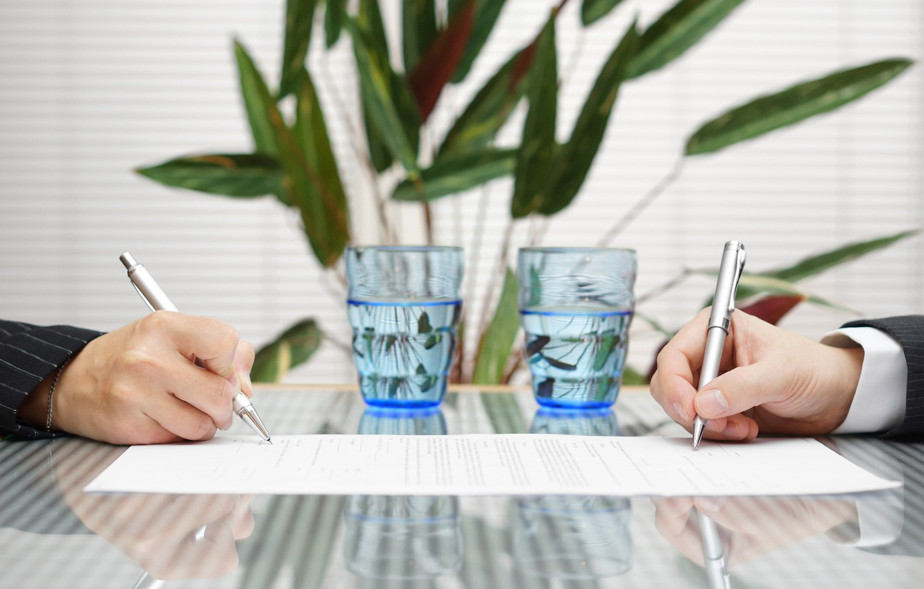 Photo wallpaper water, glasses, table, fingers, signature, pens, contract