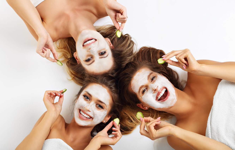 Photo wallpaper smile, beauty, women, fun, girlfriends, creams