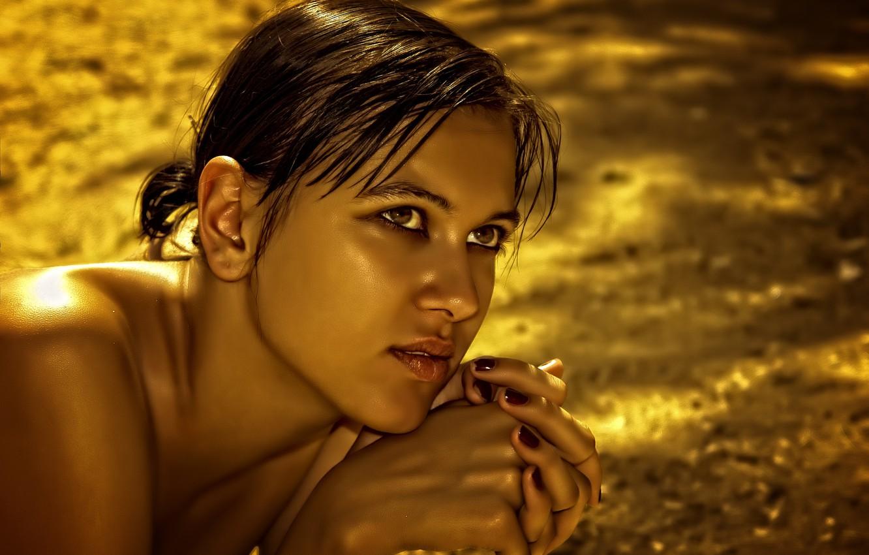 Photo wallpaper girl, gold, Olga, yellow, beauty, look, glance, Kide Fotoart