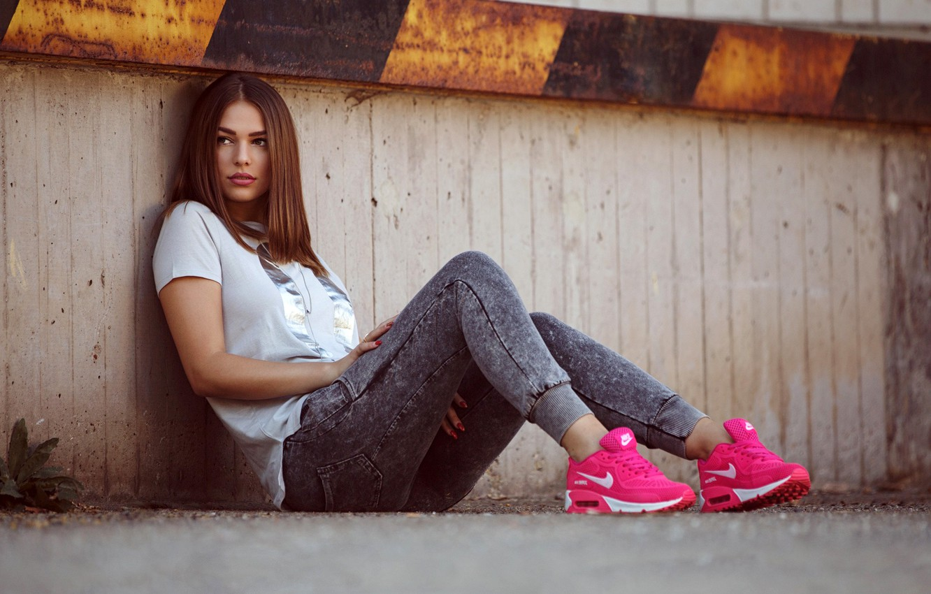 Photo wallpaper pose, model, portrait, makeup, figure, hairstyle, blouse, brown hair, beauty, sitting, on the floor, sneakers, …