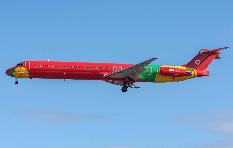 Photo wallpaper jet, a passenger plane, McDonnell Douglas, short-haul, Danish Air Transport, MD-83