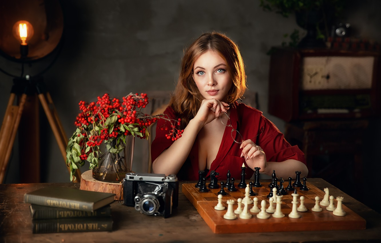 Photo wallpaper look, girl, light, photo, model, books, chess, the camera, Rowan, Anastasia Barmina