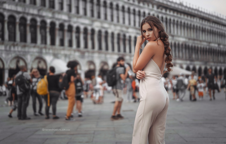 Photo wallpaper ass, girl, area, Italy, Venice, legs, Stefan Häusler, Viktoria Stephanie