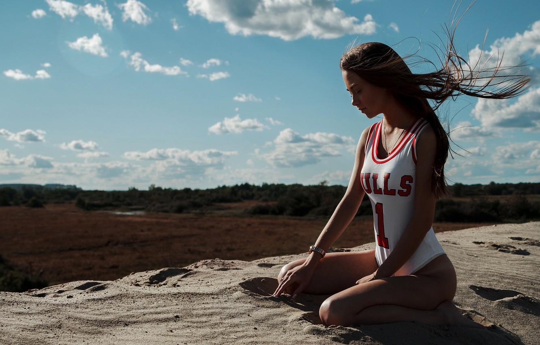 Photo wallpaper Girl, Clouds, Chicago Bulls, Sand