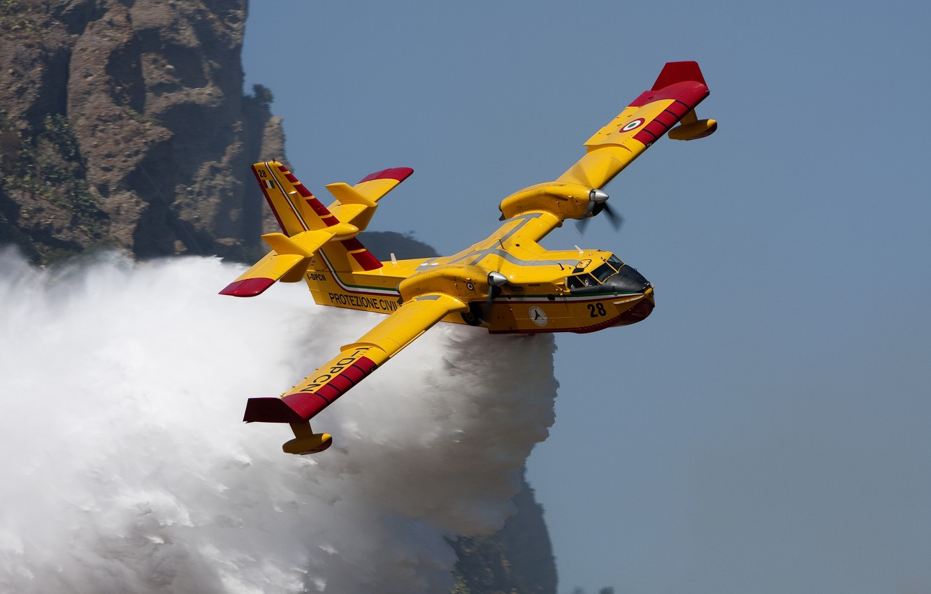 Photo wallpaper Water, Bombardier 415, Fire plane, The plane is amphibious, The Department of civil defence of …