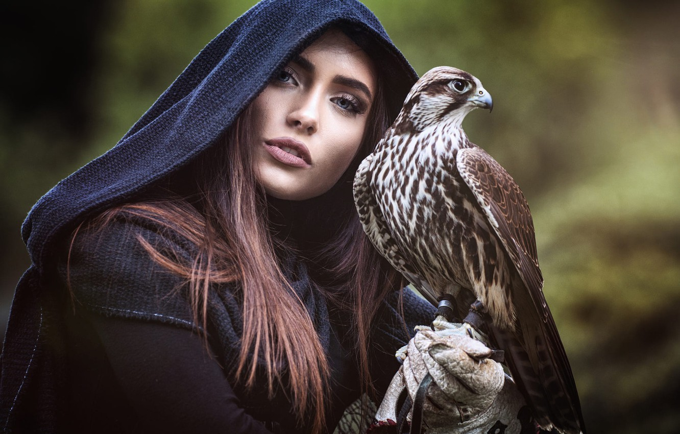 Photo wallpaper eyes, look, girl, nature, face, eyelashes, background, each, bird, portrait, hood, brown hair, Falcon, friends, …