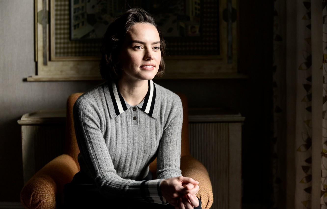 Wallpaper Look Pose Makeup Actress Hairstyle In The Chair Hair Daisy Ridley Daisy Ridley Images For Desktop Section Devushki Download