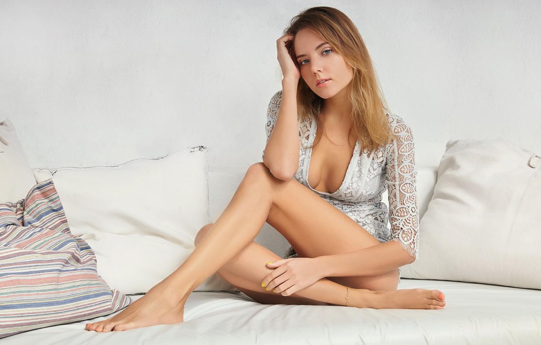 Katya Clove Nude Photos 2