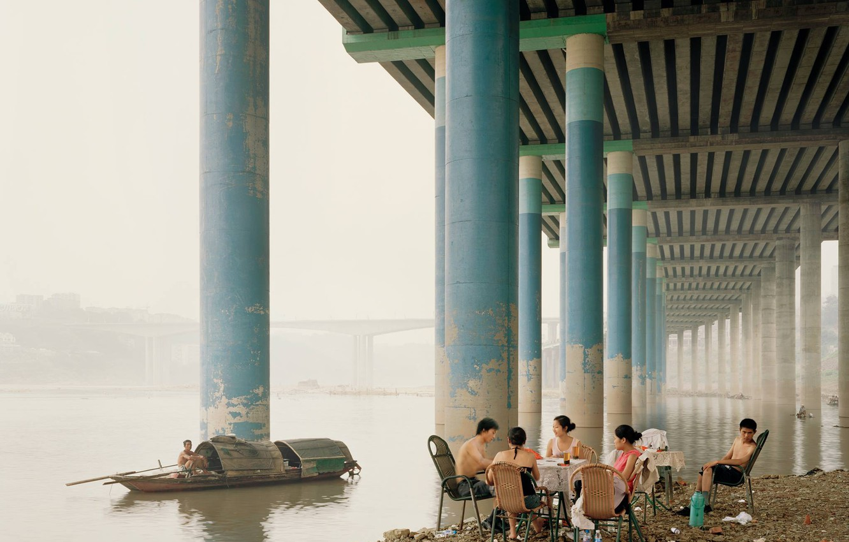 Photo wallpaper bridge, posts, boat, river, picnic, Asians, picnic positive stay