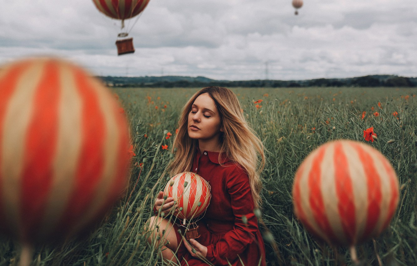 Photo wallpaper field, girl, balloons, mood, closed eyes, Bird Man, Georgia Rose Hardy, The daydreamer
