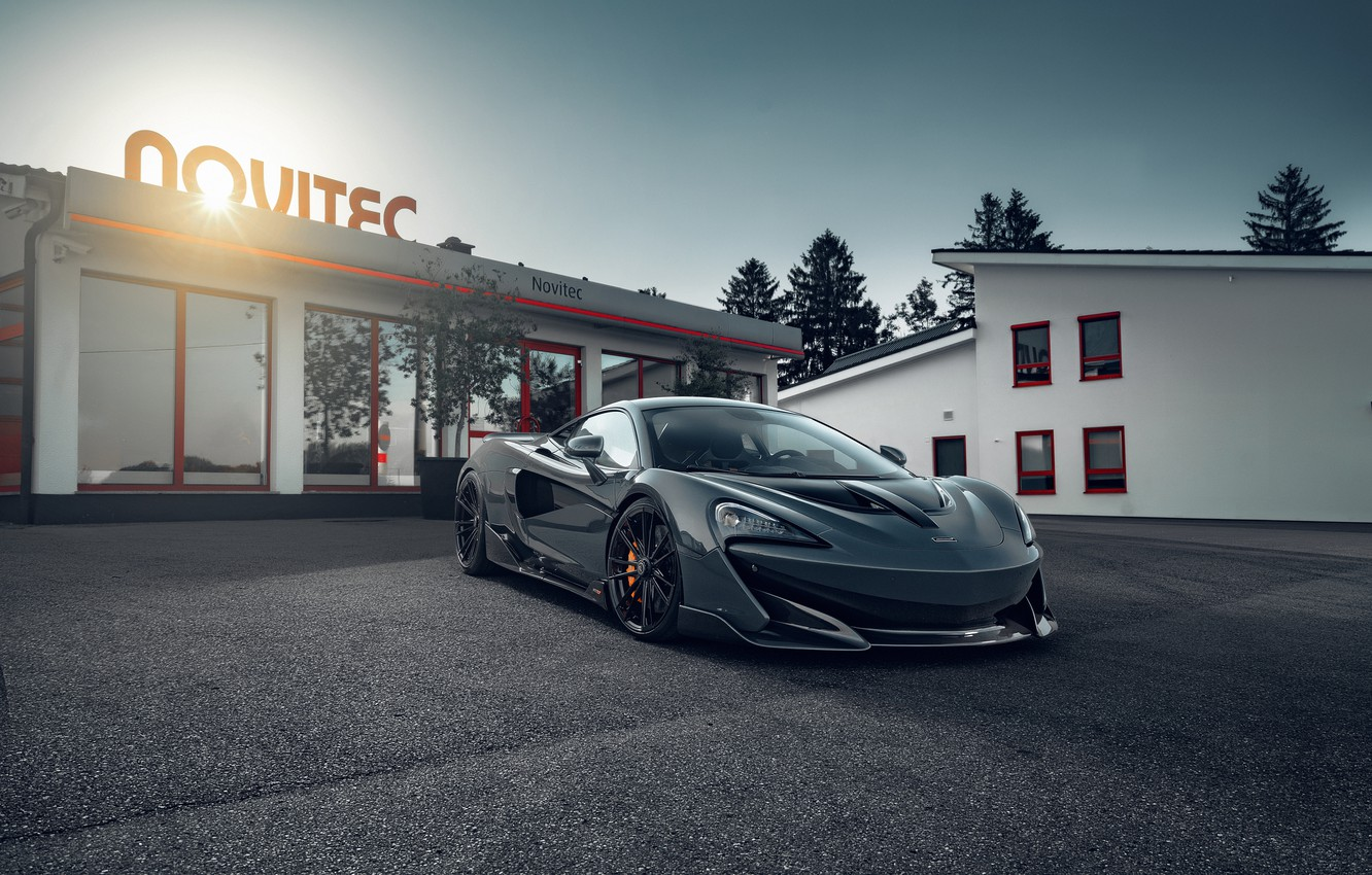 Photo wallpaper lights, building, McLaren, sports car, drives, Novitec, 600LT