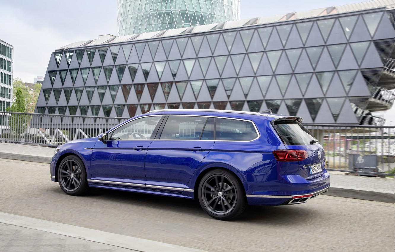 Photo wallpaper blue, street, Volkswagen, universal, Passat, R-Line, Variant, 2019