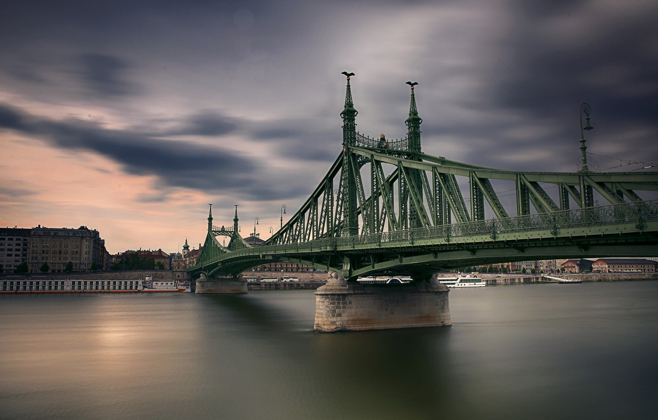 Photo wallpaper Hungary, Budapest, Freedom Bridge