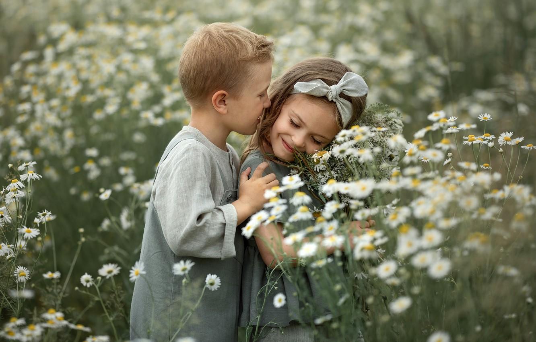 Photo wallpaper field, summer, flowers, nature, children, romance, chamomile, boy, girl, a couple