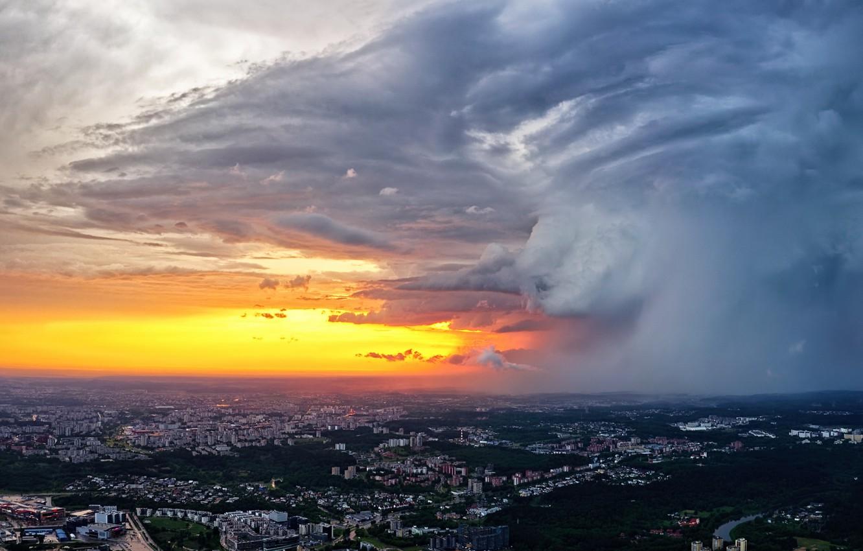 Photo wallpaper Lithuania, Vilnius, clouds