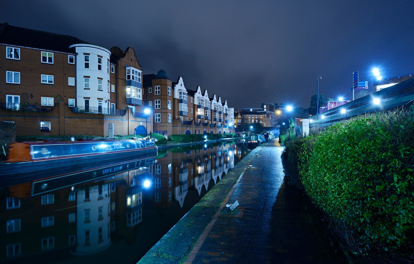 Photo wallpaper water, night, lights, reflection, river, England, home, lights, channel, boats, the bushes, Birmingham