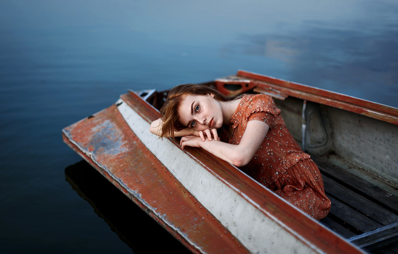 Photo wallpaper sadness, sponge, the girl on the boat, Juliana Naidenova