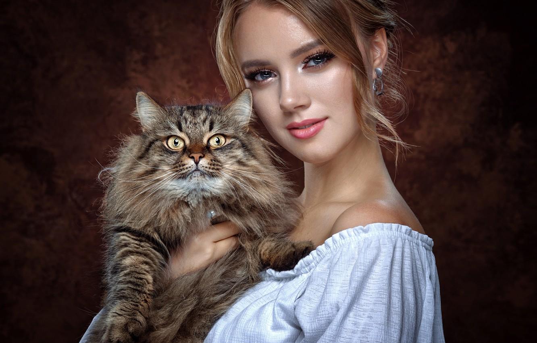 Photo wallpaper cat, look, girl, face, background, portrait, fluffy, Vyacheslav Turcan, Жанна Максимова
